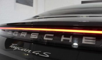 PORSCHE TAYCAN 4S performance battery plus 93 kWh complet